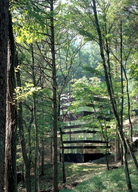 Casa_japonesa_arquitetura_Japao_extraordinaria_Ring_House_TNA_arquitete_suas_ideias_14