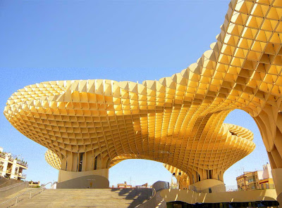 Metropol-Parasol-a-maior-estrutura-de-madeira-do-mundo-arquitete-suas-ideias-04