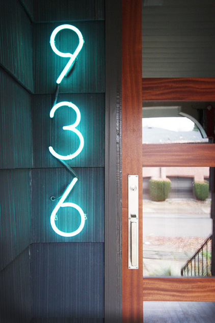 06d1f89500eb3470_1671-w422-h634-b0-p0--modern-entry
