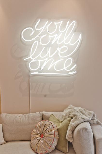 a9d1f3620f98c417_7419-w422-h636-b0-p0--eclectic-bedroom
