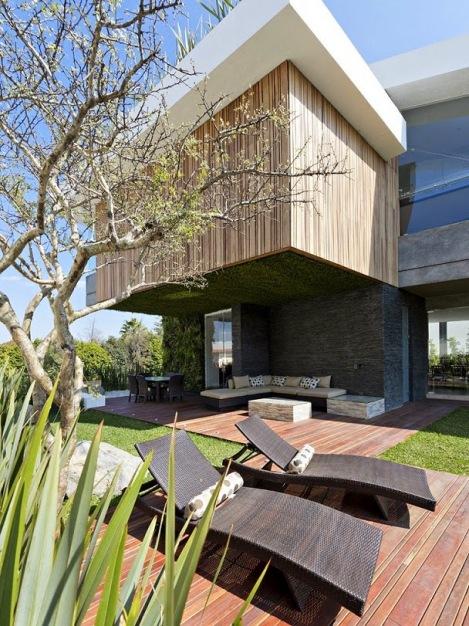 casa-fachada-madera-puebla-mexico-La-Vista-Country-Club-arquitete-suas-ideias (7)