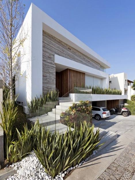 casa-fachada-madera-puebla-mexico-La-Vista-Country-Club-arquitete-suas-ideias (8)