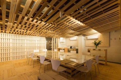 Pallets interior reforma madeira Toquio Japão sustentabilidade arquitete suas ideias  (5)
