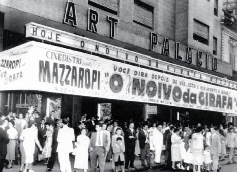 Imagem 1 - Frente Art Palácio, São Paulo. Fonte Rádio CBN, blog Mílton Jung.